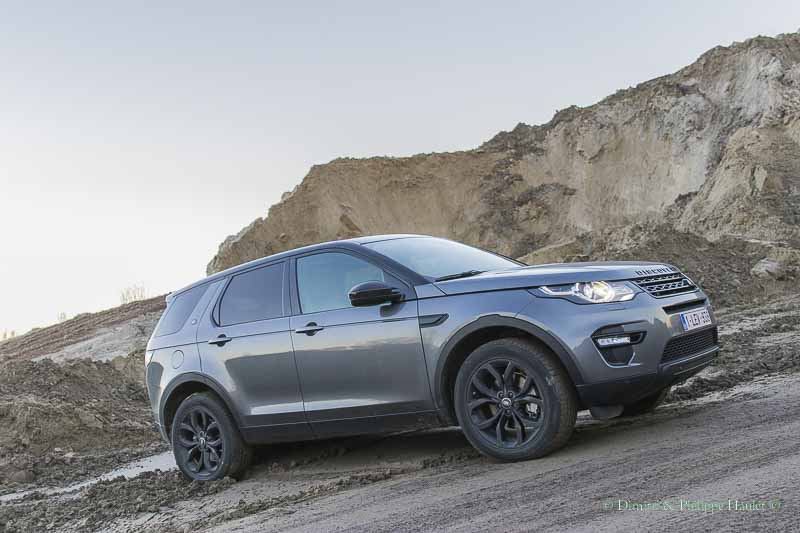 automag land rover discovery sport le baroudeur s embourgeoise. Black Bedroom Furniture Sets. Home Design Ideas