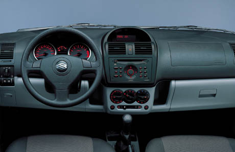 automag la nouvelle suzuki ignis 5 portes 2004. Black Bedroom Furniture Sets. Home Design Ideas