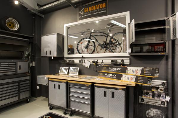 comment bien am nager son garage avec trmgarage pictures. Black Bedroom Furniture Sets. Home Design Ideas